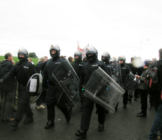 Police with riot gear used against peaceful protesters at Gleneagles – armed police have been deploy