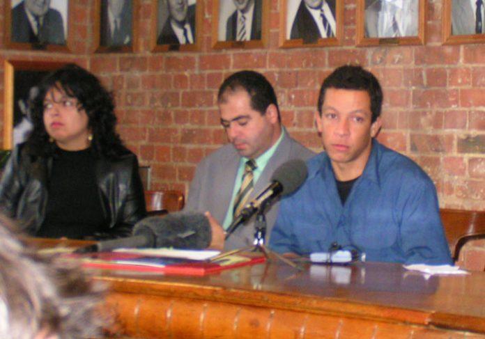 Patricia da Silva Armani, Jean Charles' brother Giovanni de Menezes and Alex Pereira at yesterday's press conference in London