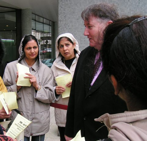 GMB Acting General Secretary PAUL KENNY speaking to a delegation of Gate Gourmet workers lobbying the TUC on November  2nd