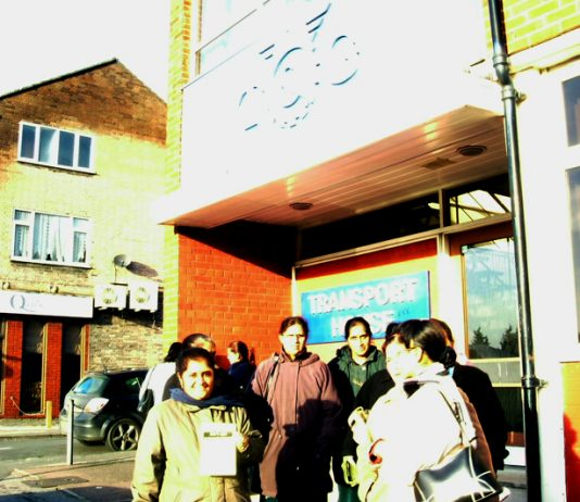 Gate Gourmet locked-out workers picketing the Hillingdon office of the TGWU urging all workers not to sign the notorious 'Compromise Agreement'