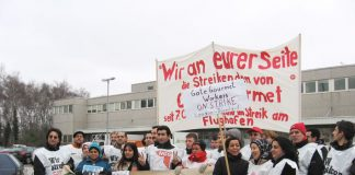 In Dusseldorf yesterday morning two locked-out Gate Gourmet workers from London were welcomed at a mass picket by striking local Gate Gourmet workers