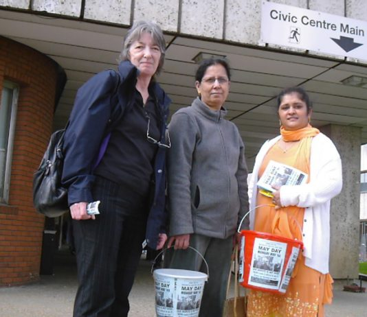 Gate Gourmet locked-out workers PARMJIT BAINS (right) and PARMJEET SIDHU with Hounslow UNISON member MARIE ROWLANDS