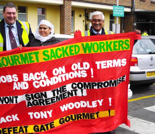 Gate Gourmet sacked workers receive full support from paul Brown, T&G convenor  and Jagi Vadgama, Chairman of Fulwell bus garage