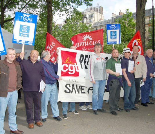 Workers from the Ryton factory joined French Peugeot workers to lobby the company shareholders' AGM in Paris last month