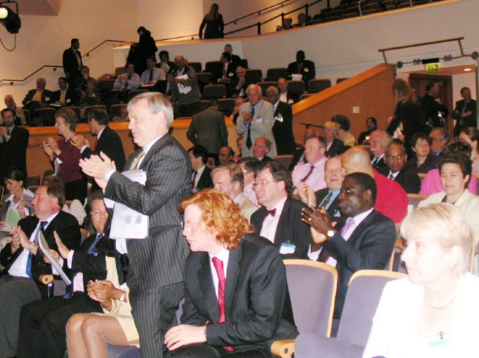 Delegates at the BMA Annual meeting – they voted against privatisation of the NHS and condemned their leadership for not fighting it