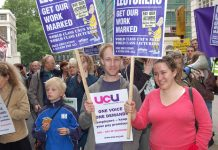 Manchester students show their solidarity with lecturers' trade unions during their recent strike action