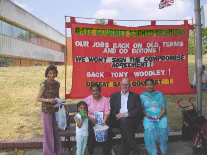 Gate Gourmet locked-out workers outside Hounslow Civic Centre speaking to NUT member Bob Garnett