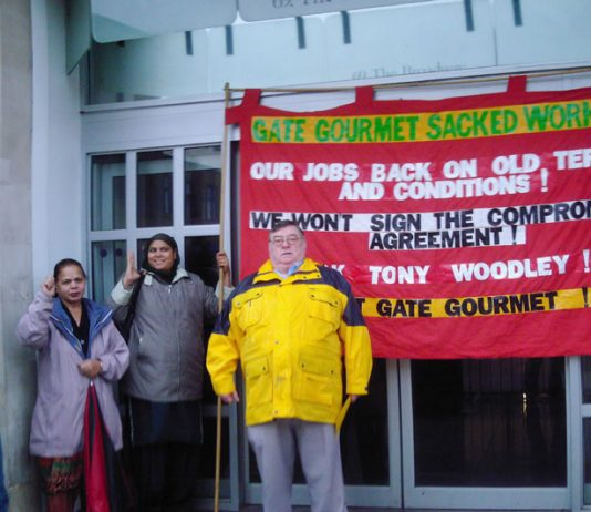 Gate Gourmet locked-out workers campaigning on Southall High Street with KIRAN GILL (extreme left) and THOMAS MURPHY