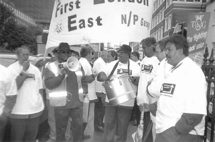 US busworkers joined their British counterparts to demonstrate in London against FirstGroup privateers