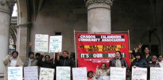 Chagos Islanders Picket High Court