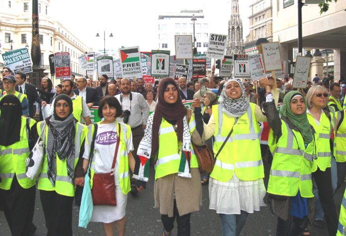 A determined march of 20,000 protestors took place in London last Saturday demanding an end to the occupation of Palestine