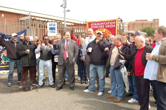 CWU leaders BILLY HAYES and DAVE WARD joined pickets at Mandela Way on the first of the series of strikes on June 29th