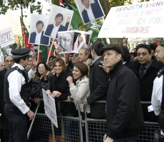 Pakistanis demonstrate against the Musharaff dictatorship outside 10 Downing Street on November 10th