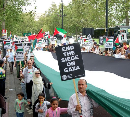 A giant Palestinian flag at the centre of Saturday's protest in London