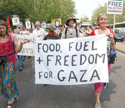 Marchers in London last Saturday  demanding the lifting of the Israeli siege of Gaza