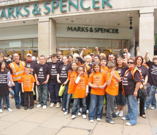 Fenland Foods workers picketing Marks & Spencer in the struggle to keep their jobs