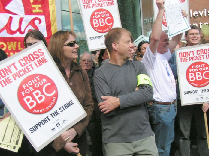 BBC staff in a joint picket by the NUJ, BECTU and Amicus unions during the strike action in 2006