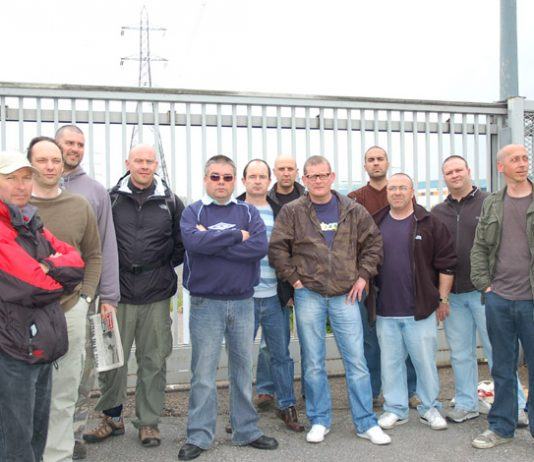 Visteon workers on the picket line. Yesterday they kept agents of the liquidators, out of the plant