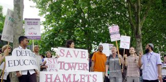 University and College Union strikers picket line at Tower Hamlets College on Friday