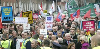 A section of the massive 120,000-strong demonstration in Dublin on February 21 against the government's attacks on jobs and wages