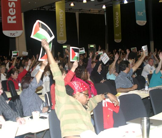 Delegates voting on Palestine at the TUC Congress in Liverpool