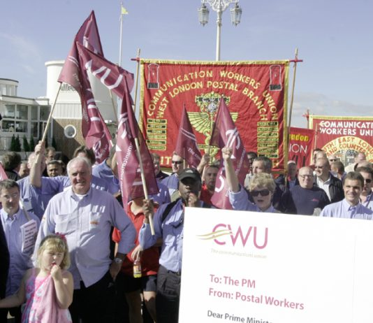 Postal workers demonstrate at the Labour Party conference