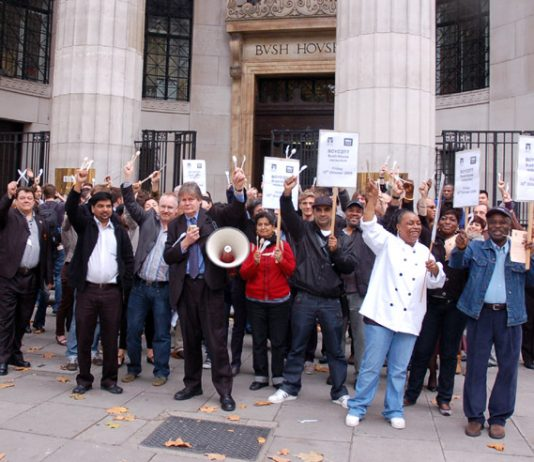 One hundred BECTU and NUJ members rallied outside Bush House for the reinstatement of the sacked workers