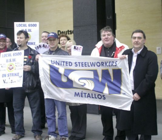 USW local 6500 members and supporters picketing the Deutsche Bank  Metals' Conference in the City of London yesterday