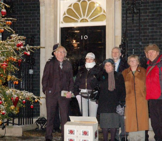 Just six people, PETER BRIERLEY, KARLA ELLIS, LINDSAY GERMAN, GRAHAM KNIGHT, JOAN HUMPHRIES and CHRIS PARSONS, were allowed in to Downing Street with the petition from Military Families Against The War