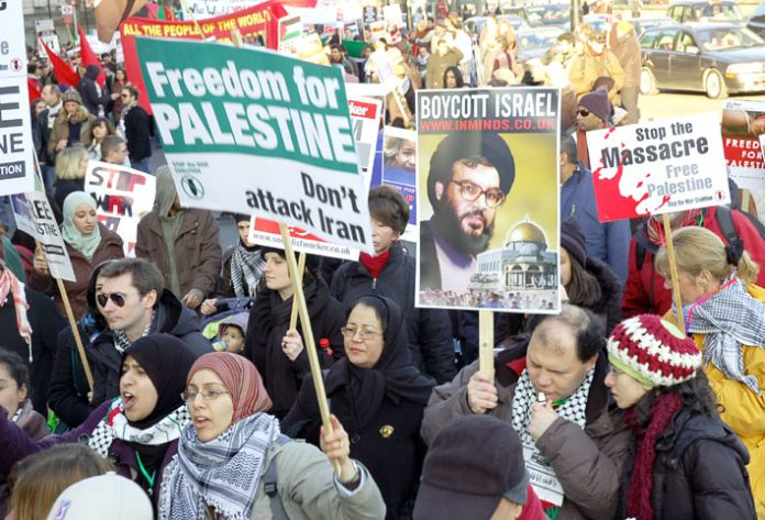 Marchers in London against the Israeli attack on Gaza in January 2009 show their opposition to any attack on Iran