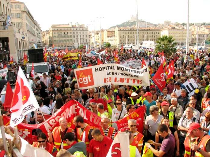 A section of the 220,000-strong demonstration in Marseille against the Sarkozy government's cuts