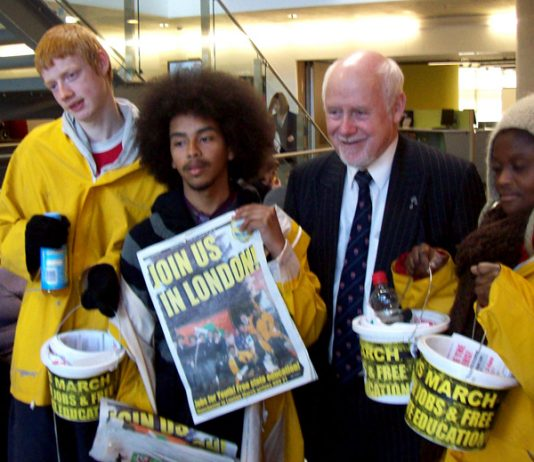 Marchers with Luton MP KELVIN HOPKINS who voted against tuition fees in Parliament in 1997