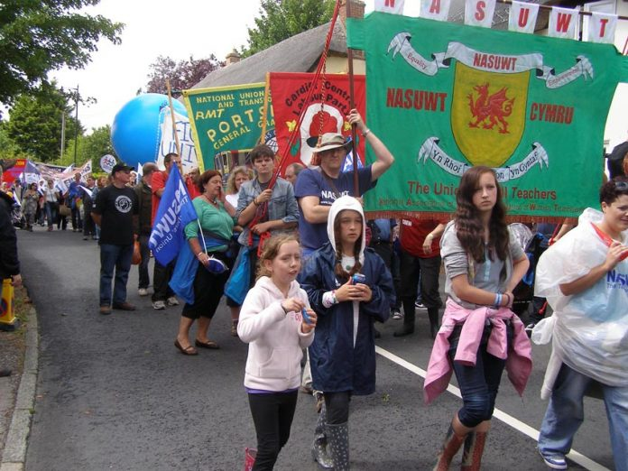 Over 10,000 workers and their families took part in the annual Tolpuddle Martyrs Anniversary March on Sunday, remembering the famous struggle by Dorset agricultural labourers for trade union rights, and expressing their anger at the crisis-ridden Tory coa