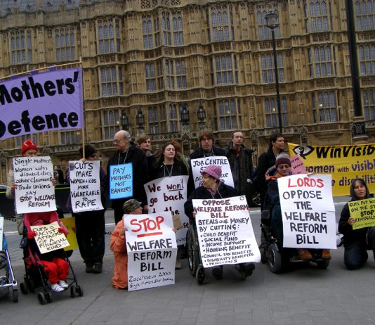 Community groups demanding the House of Lords defeat the Welfare Reform Bill