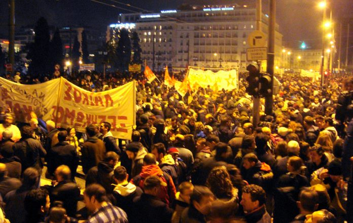 Enormous numbers of workers demonstrating in Athens on Sunday against the austerity cuts