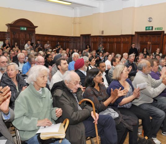 Hundreds rallied in Ealing on Tuesday night to discuss action to stop the closure of Ealing and three other West London hospitals