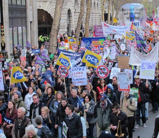Teachers marching in defence of their pensions