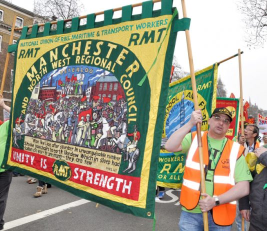 Manchester RMT members at Northern Rail have voted for strike action against casualisation