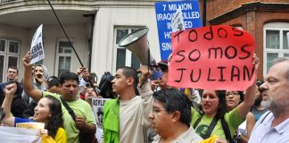 Demo outside the Ecuadorean embassy in support of Julian Assange
