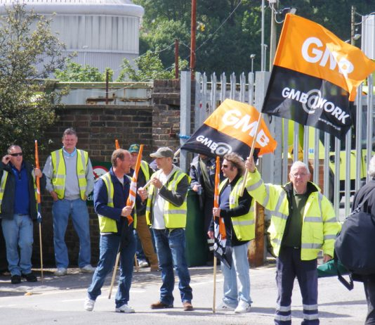 Brighton Council workers on the picket line against £4,000-a-year wage cuts!