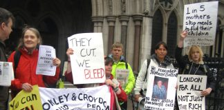 Workers outside the law courts fighting the bedroom tax and condemning the situation where mothers were skipping meals to feed their children