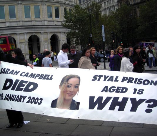 Pauline Campbell (left) campaigned against deaths in Prison after her own daughter died in January 2003