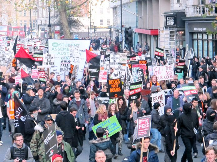 The 10,000-strong march passing King's College London