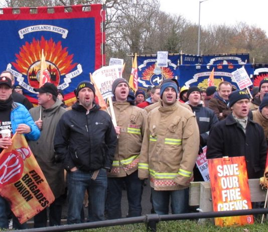 2,000 Firefighters marched through Aylesbury last Tuesday to demand the reinstatement of sacked firefighter Ricky Matthews during their strike to defend their pensions