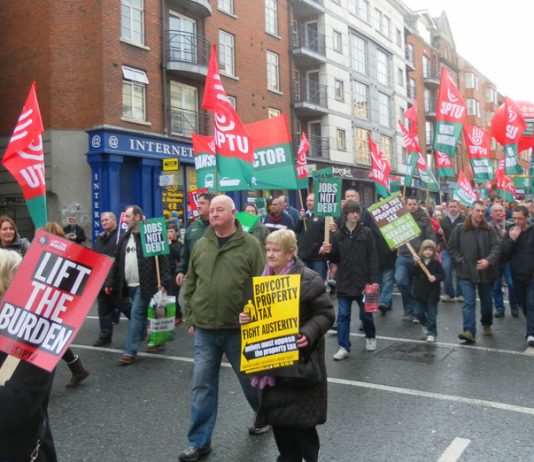 SIPTU marchers in Dublin against the Irish government