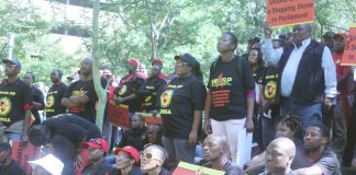 NUMSA lobby of the COSATU executive in defence of their union's rights with a clear message for union leaders