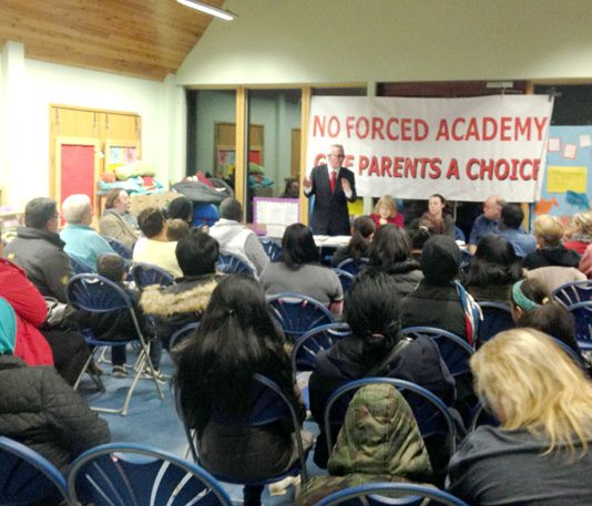 HANK ROBERTS addressing the meeting in Willesden against the St Andrew and St Francis C of E Primary School being forced to become an academy