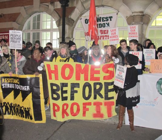 West Hendon Estate tenants lobbying Barnet council