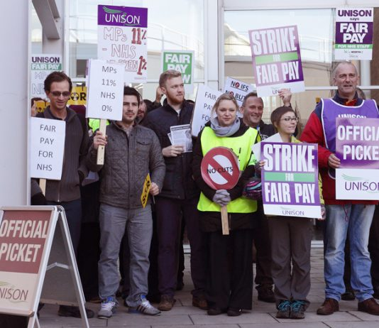 Health workers forced to take strike action – demanding that every health worker gets a 1% increase!
