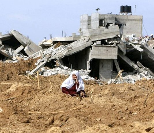 The devastation in Gaza after Israeli bombing raids in 2014 left 1,462 dead and over half a million homeless